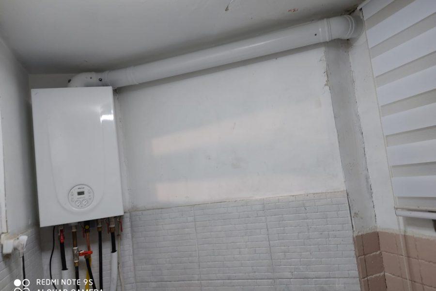 תנור גז משולב בהתקנה לא סטנדרטית